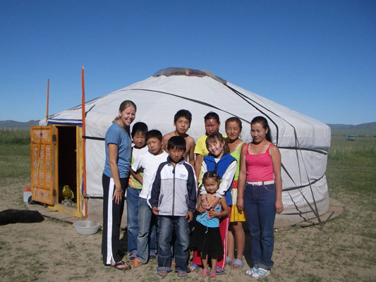 Melanies-English-students-in-Mongolia